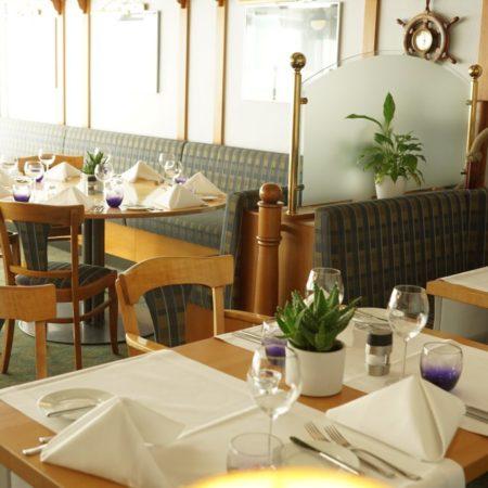 Restaurant05